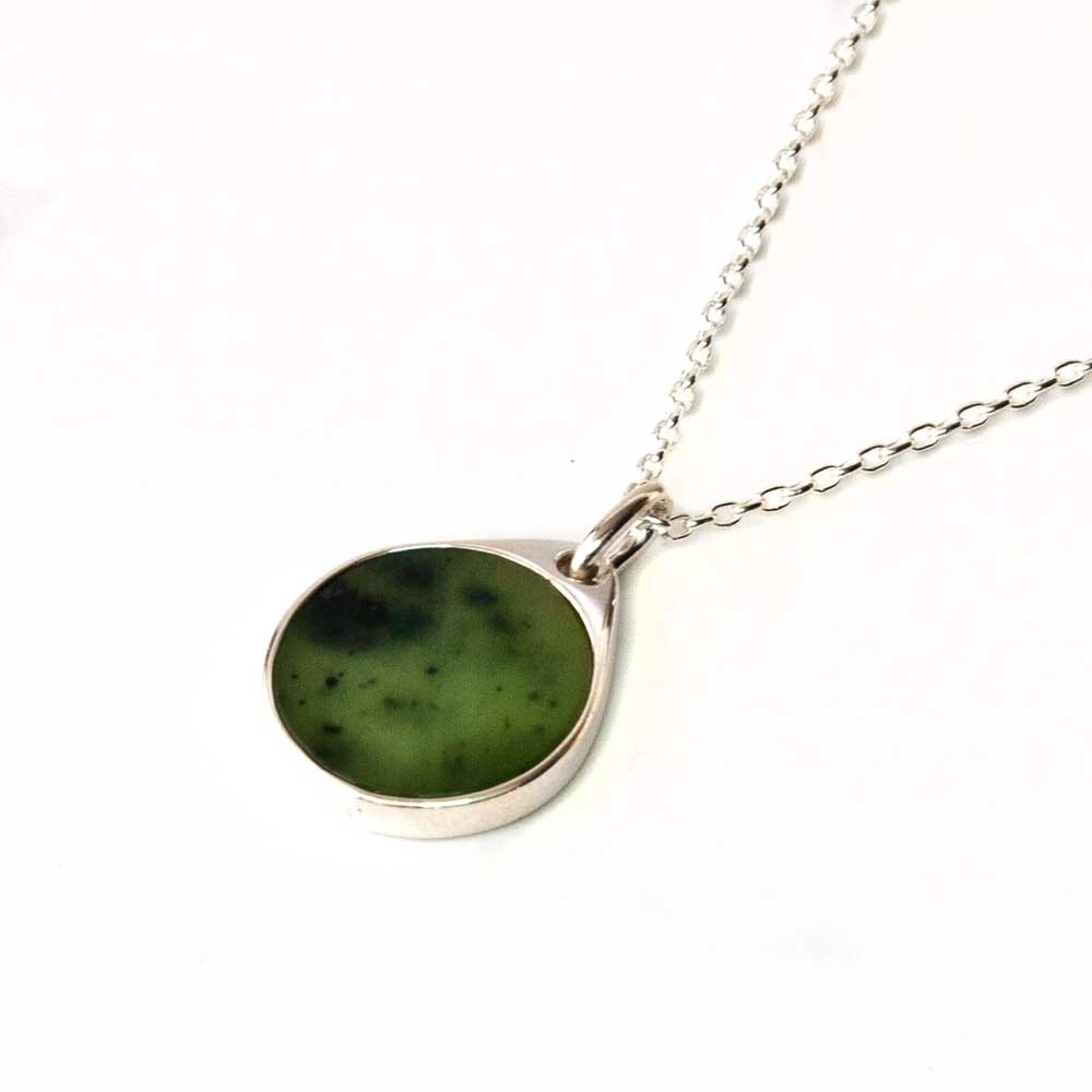stone je jewelry necklace green